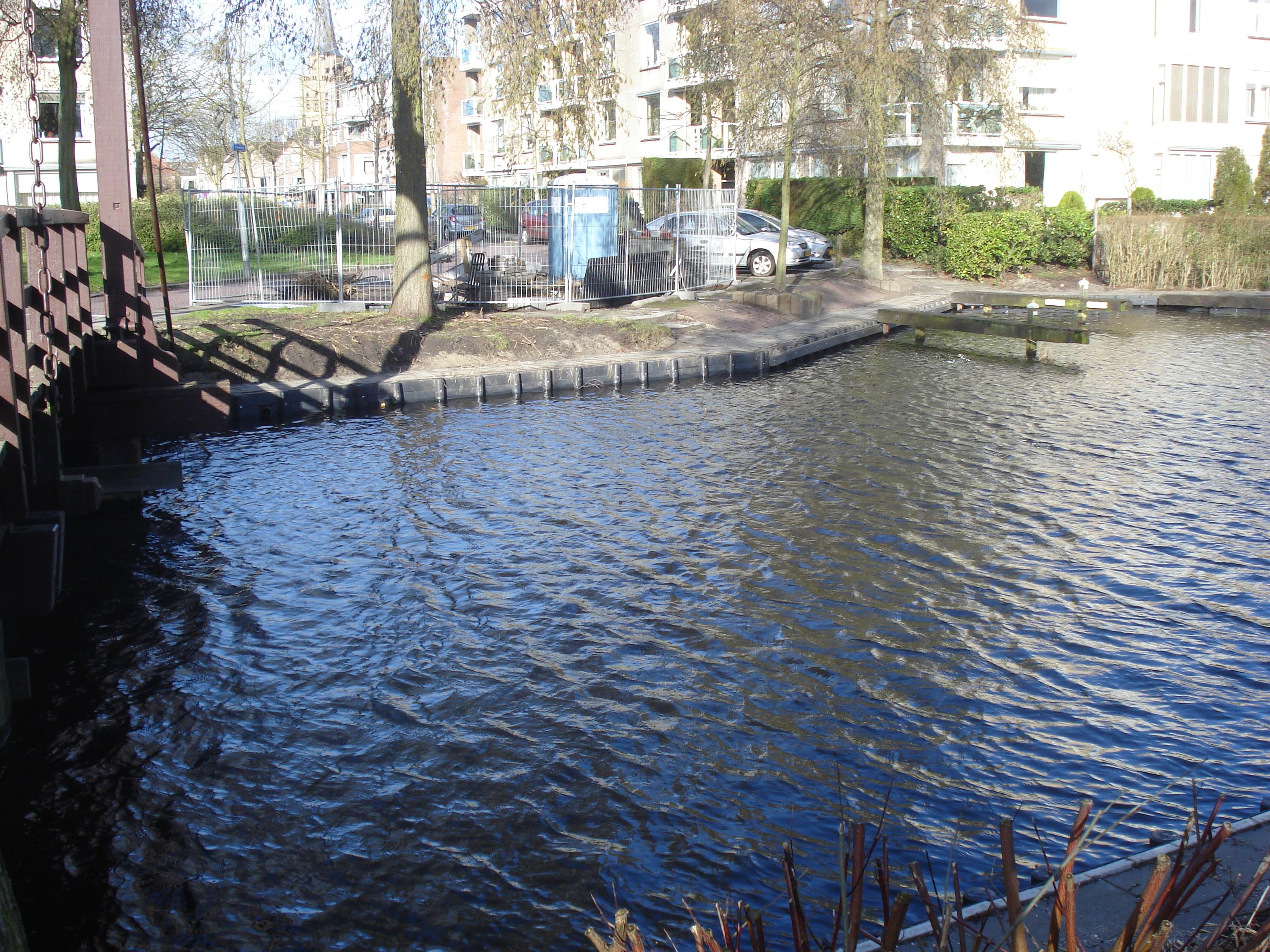 Renovatie oevers Vinkesloot bijna afgerond.