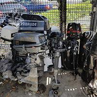 Eigenaren gestolen buitenboordmotoren gezocht
